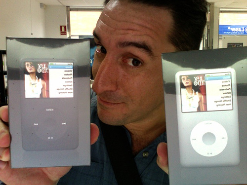 iPod Classic Survey: Original Model Not as Popular as Newer iTouch