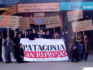 patagonia stop the dams protest