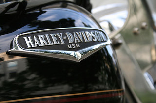 harley davidson differentiation strategy Brand (harley davidson, and mercedes benz) differentiation by design  hybrid  strategy (both cost leadership and differentiation strategy) has.