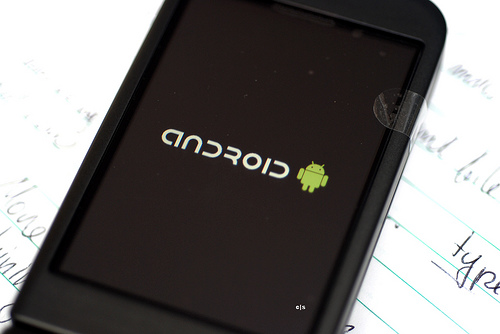 Google Mobile Survey: Customers Mostly Satisfied With Android Options