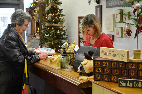 Small Business Saturday Survey: Increase in Shoppers Expected in 2015