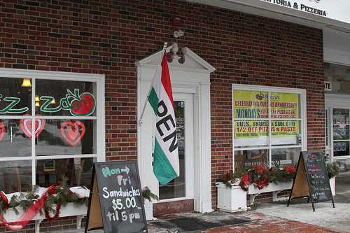 Small Business Survey: Local Businesses Still More Popular Than Online